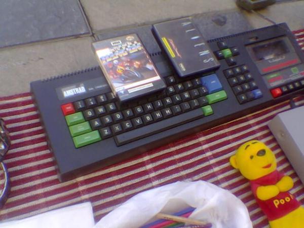 Amstrad CPC con un par de juegos